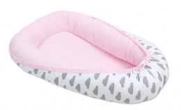 Oboustranné hnízdečko - kokon pro miminko - Světle růžové / mráčky šedé