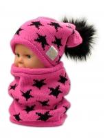 Podzimní/zimní čepice s komínkem - malinová - hvězdičky černé