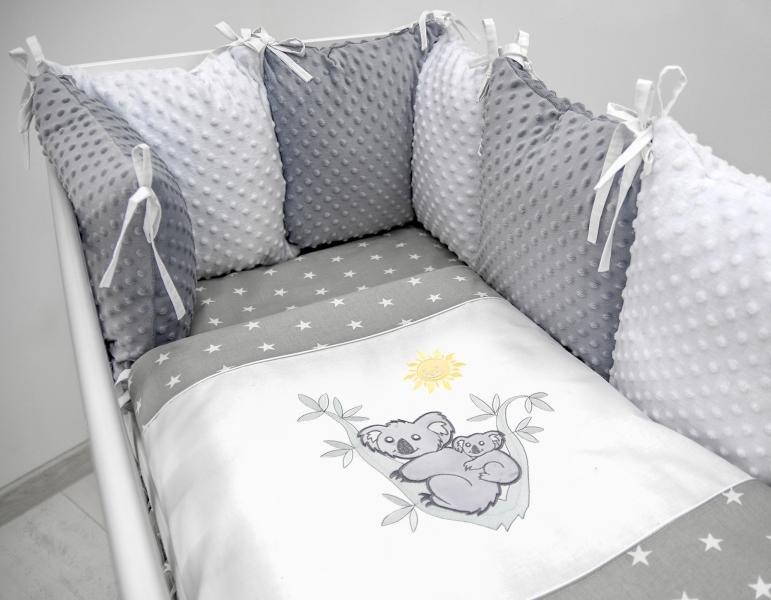 Polštářkový mantinel s Minky s povlečením s vyšívkou  - šedá,bílá,hvězdičky - Koala.