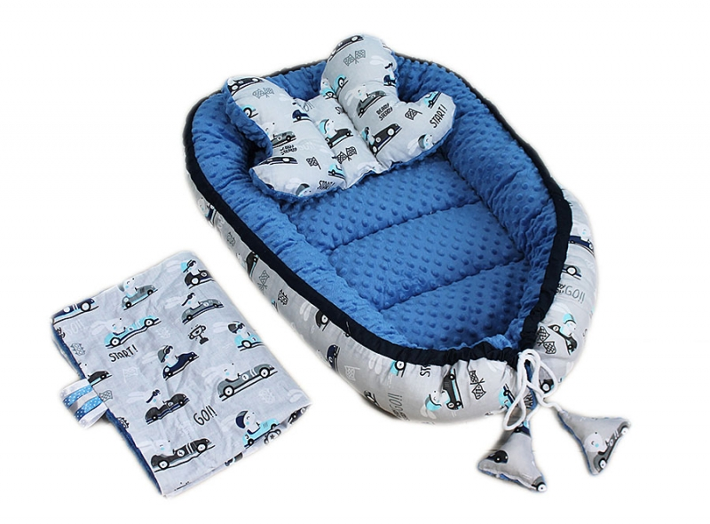 Baby Nellys Sada komplet - oboustranné hnízdečko minky 60x90cm - Závody, minky modré, B19