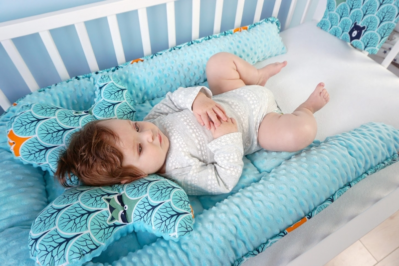 Baby Nellys Sada komplet - oboustranné hnízdečko minky 60x90cm - Víla, minky červená