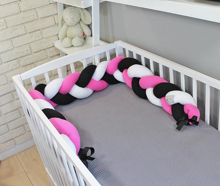 Mantinel Baby Nellys pletený cop - černá,růžová,bílá