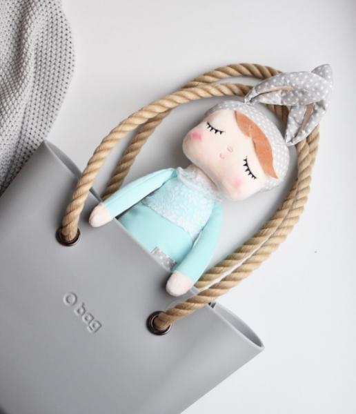 Hadrová panenka Metoo s oušky v mátových šatičkách, 42cm