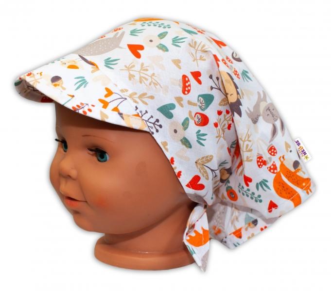 Baby Nellys Dětský šátek  s kšiltem na zavazování Les - bílý