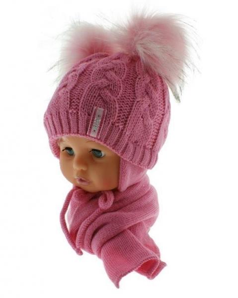 BABY NELLYS Zimní čepička s šálou - chlupáčkové bambulky - tm. růžová/sv. růžové