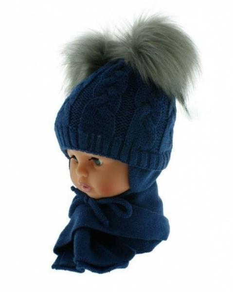 BABY NELLYS Zimní čepička s šálou - chlupáčkové bambulky - granátová/šedé