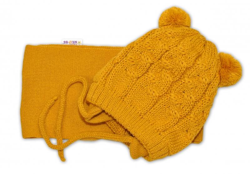 BABY NELLYS Zimní pletená čepička s šálou TEDDY - hořčicová s bambulkami, vel. 2-8m, Velikost: 34/36 čepičky obvod