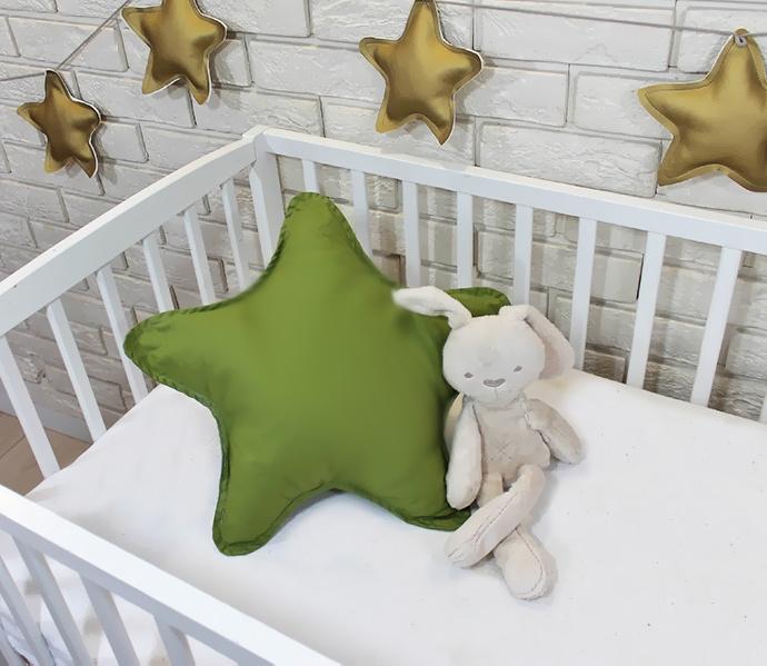 Baby Nellys Dekorační oboustranný polštářek - Hvězdička, 45 cm - olivový, zelený