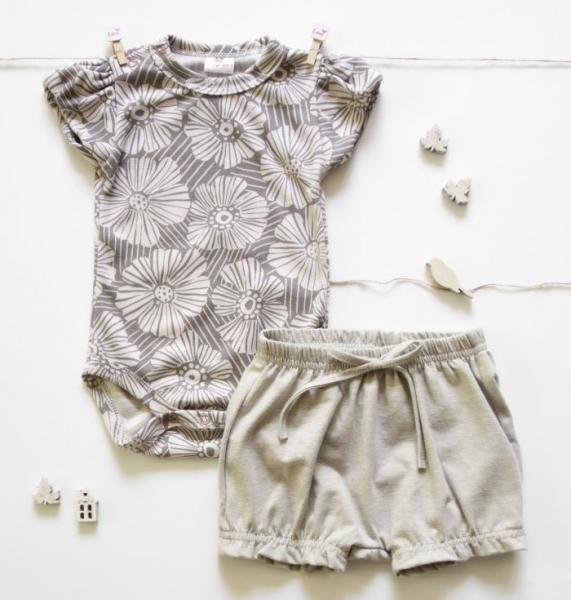 K-Baby 2 dílná dětská sada, body s kraťasky Girl Flowers - šedá, béžová