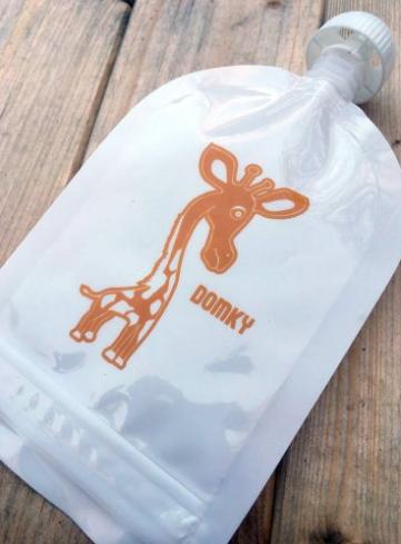Domky Klasická plnitelná kapsička, 140 ml - Žirafa - 1 ks