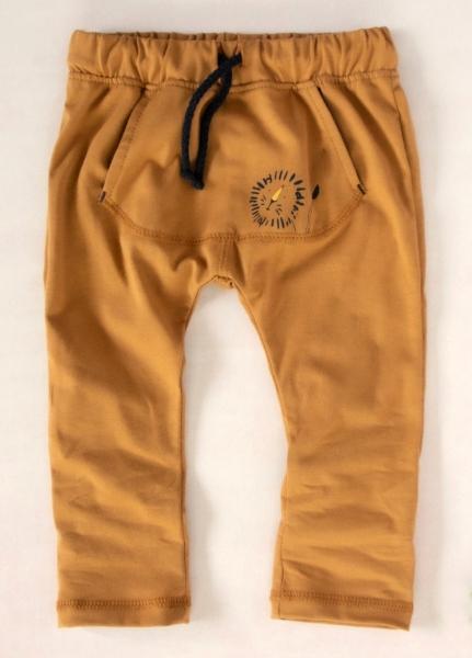K-Baby Stylové dětské kalhoty, tepláky s klokankovou kapsou - hořčicové, vel. 86