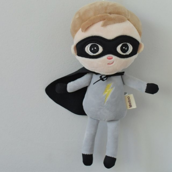 Mini hadrová panenka Metoo Super Boy - šedá