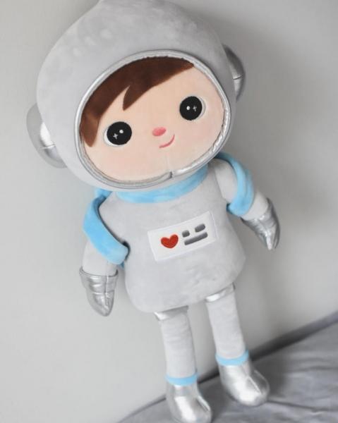 Hadrová panenka Metoo Kosmonaut - šedá