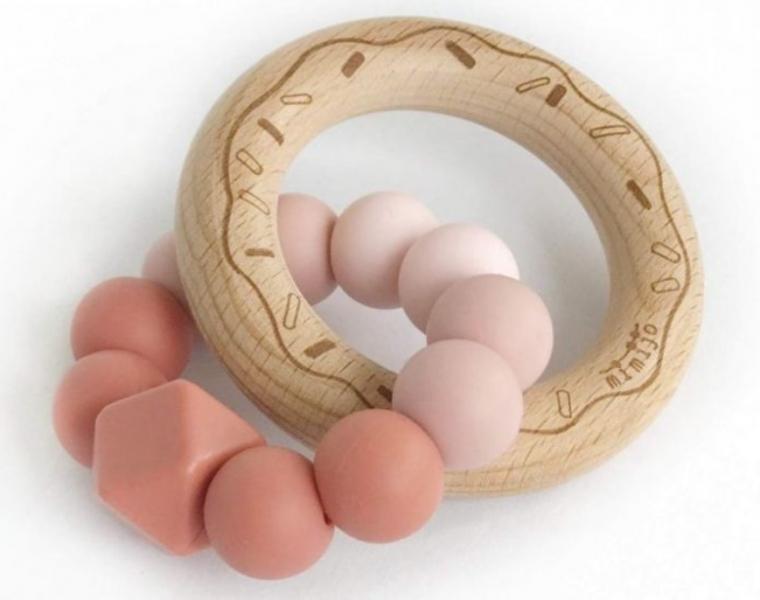 Mimijo Silikonové kousátko Donut Scarlett růžově/pudrové