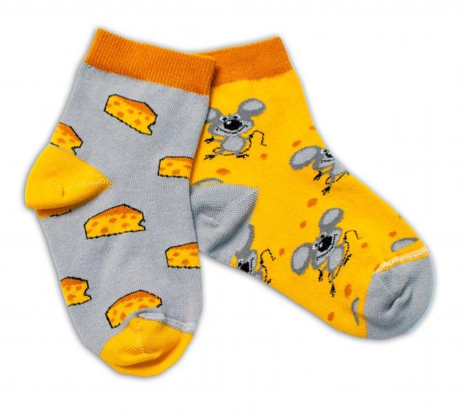 Baby Nellys Bavlněné veselé ponožky Myška a sýr - žlutá/šedá, vel. 15-16 cm