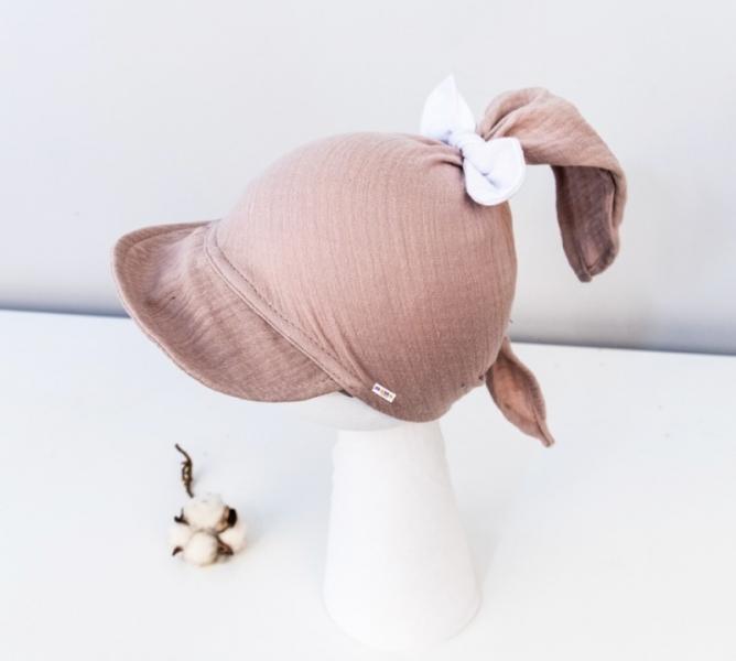 Baby Nellys Lehký mušelínový šátek s kšiltem na zavazování + mašle, cappucinno, béžová