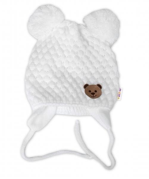 BABY NELLYS Zimní pletená čepice Teddy Bear na zavazování, bílá