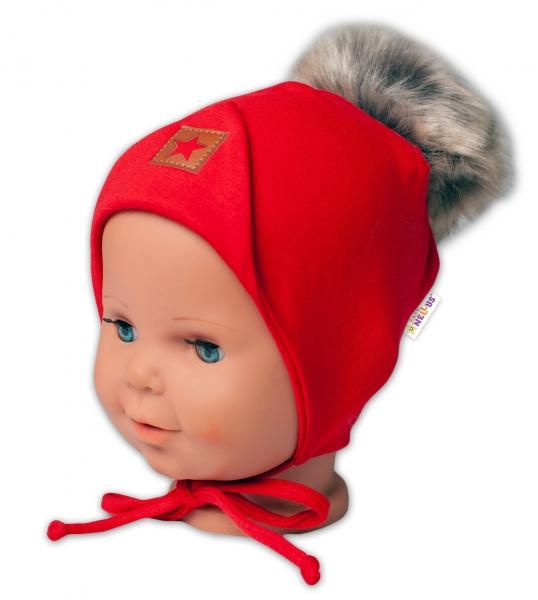 Baby Nellys Bavlněná dvouvrstvá čepice s bambulí na zavazování Star - červená, vel. 68/80