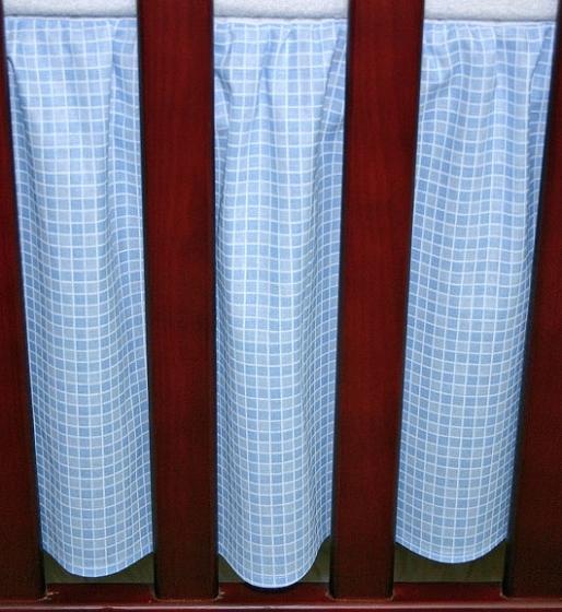Krásný volánek pod matraci - Kostička modrá