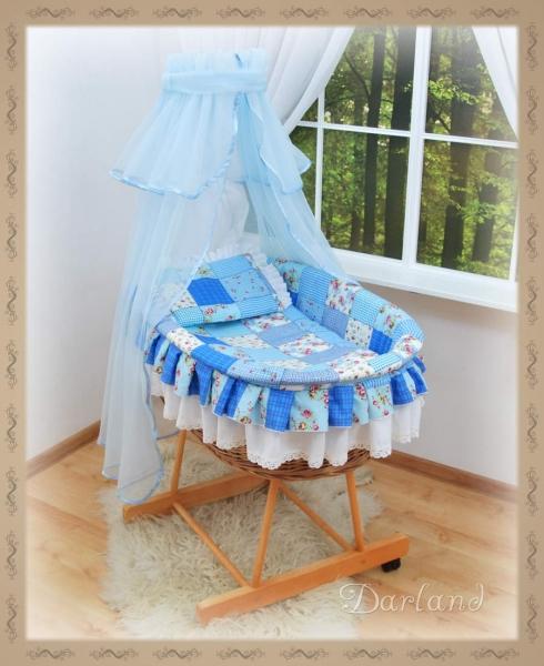 Koš s výbavou Darland - Patchwork modrý - sv. modrá moskytiéra