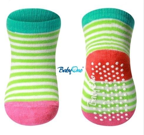 Bavlněné protiskluzové ponožky Baby Ono 0m+ - Zelené proužky