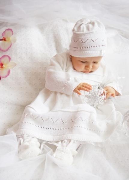 Soupravička ke křtu - čepička + šatičky