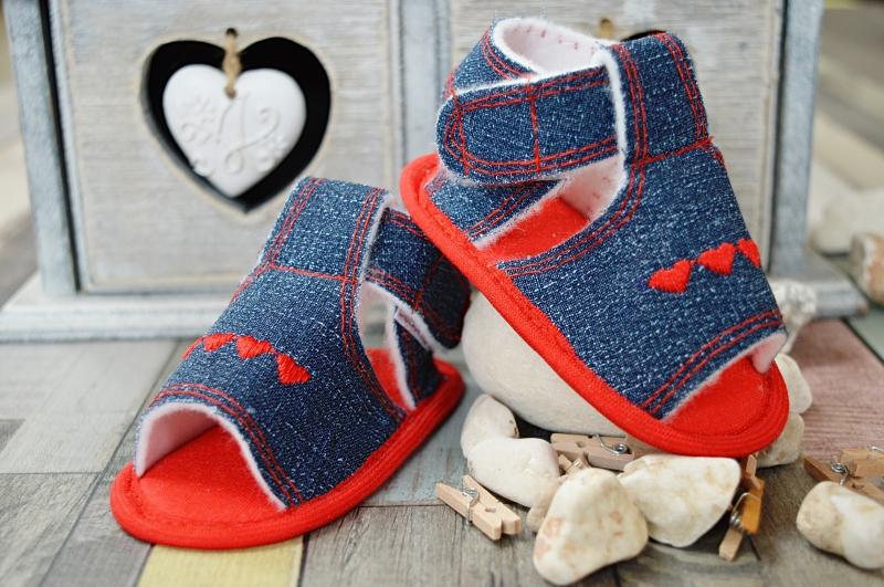 Jeansové capačky/sandálky LOLA BABY - jeans/červená, Velikost: 12cm vel. botky