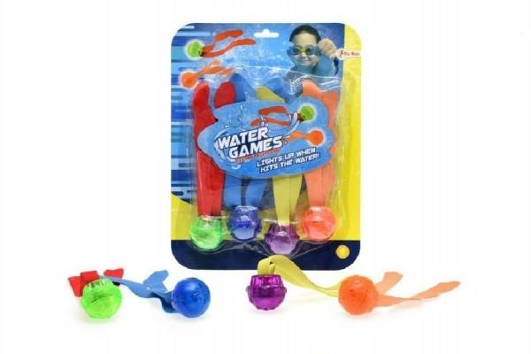 Zábavné míčky pro potápění 4ks  plast se světlem na baterie na kartě 22x28x4cm