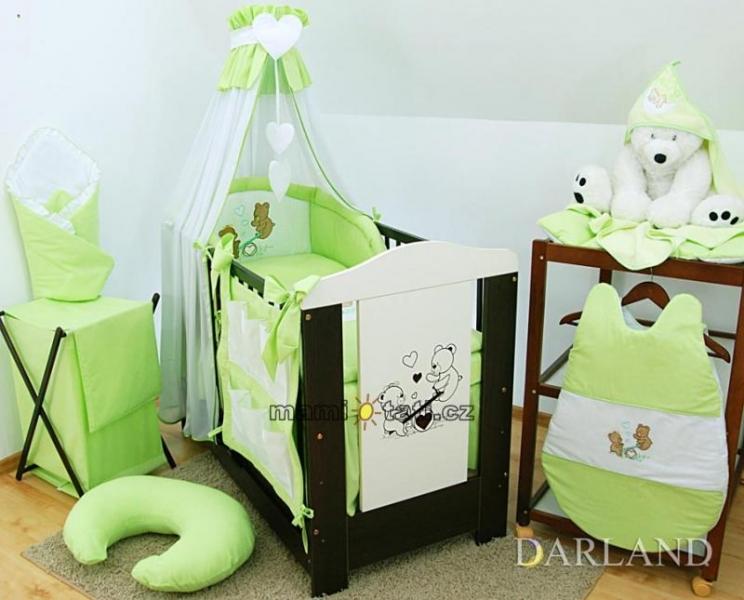 Luxusní mega set s výšivkou Š - Méďové v zelené