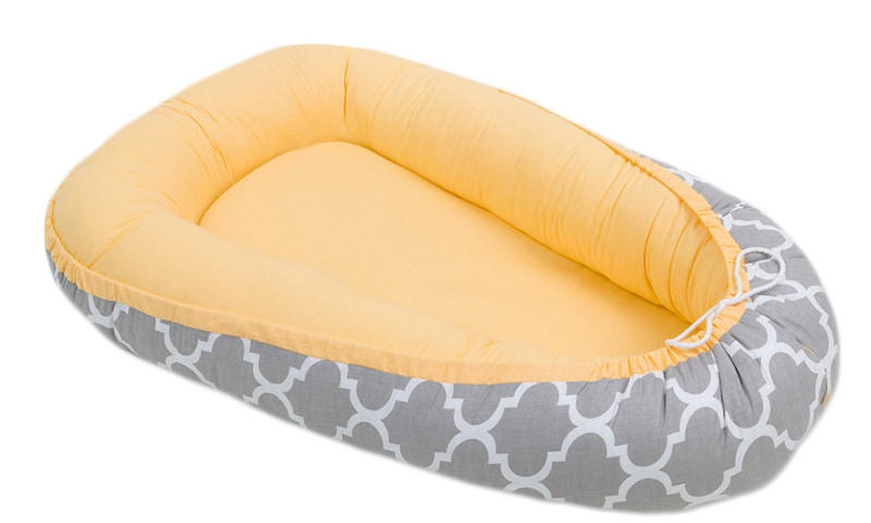 Oboustranné hnízdečko - kokon pro miminko - Žluté / ornament šedý