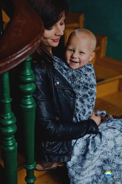 Little FROG Žakárový tkaný šátek na nošení dětí - Black Charm