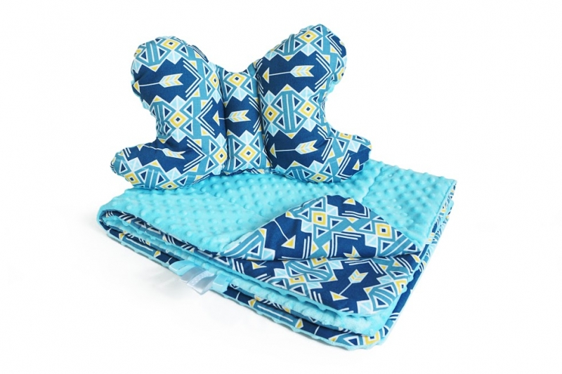 2-dílná Sada do kočárku s minky s motýlkem - geometrie, minky - sv. modrá