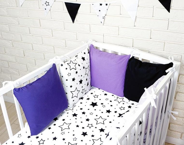 Baby Nellys Polštářkový mantinel s povlečením - hvězdičky, černá/bílá/fialová, 135x100 cm