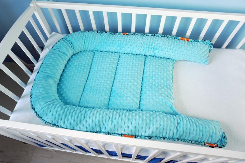 Baby Nellys Oboustranné hnízdečko, kokon minky 60x90cm- geometrie - trojúhelníčky