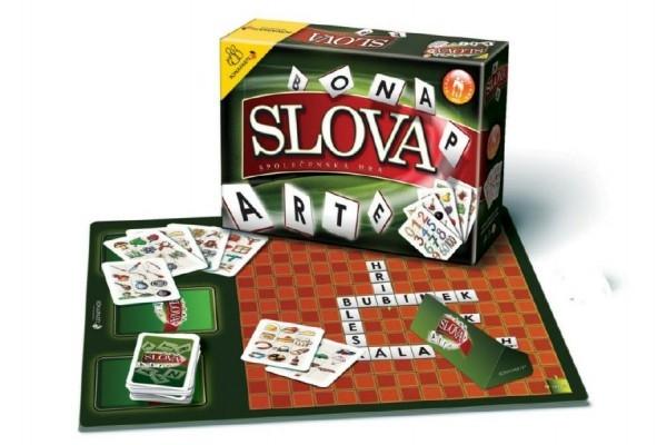 Slova společenská hra v krabici 28x19,5x6cm