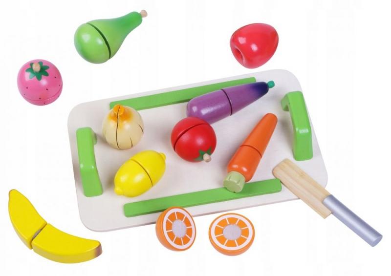Dřevěná zelenina a ovoce s prkénkem