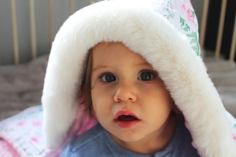 Baby Nellys Bavlněná oboustranná dečka 3v1 s minky a kožešinkou, 90x90 cm, králičci
