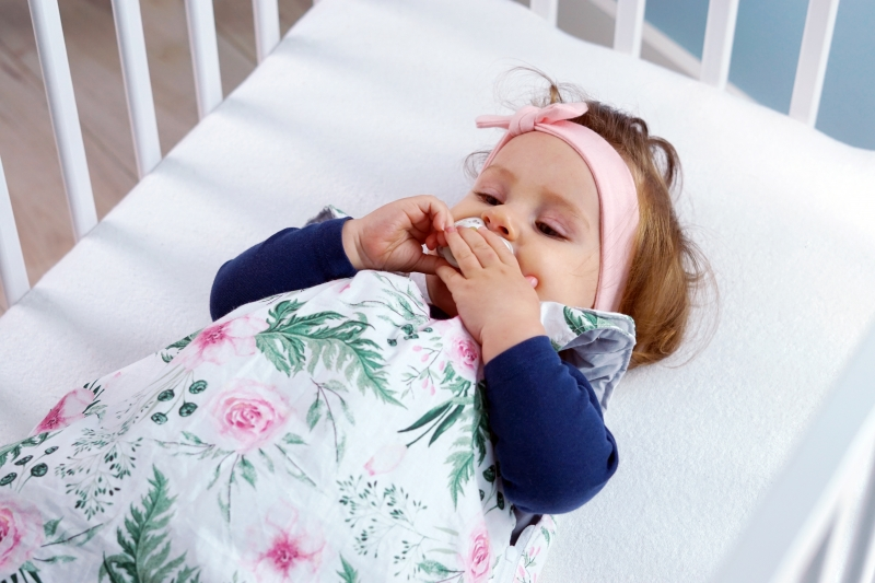 Baby Nellys Bavlněný spací vak Květinky - vnitřek růžový, 48x80cm