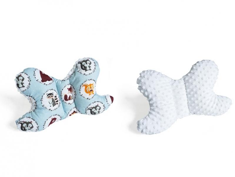 Baby Nellys Oboustanný polštářek Motýlek - zvířátka, minky bílá